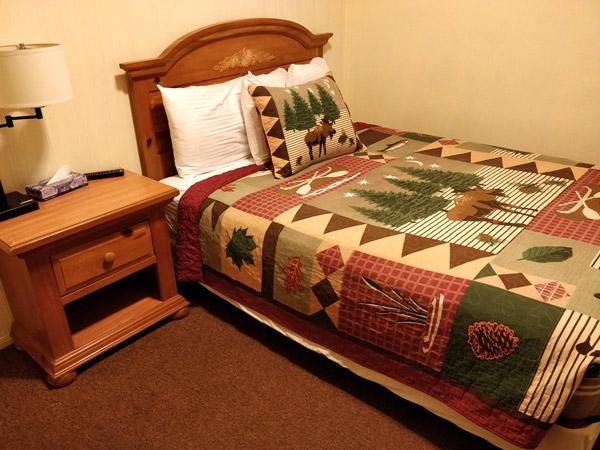インデペンデンスコートハウスモーテルのベッド