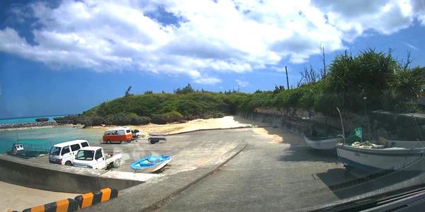 皆田海岸の駐車場