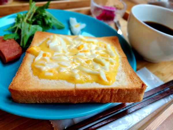 与論島で唯一モーニングが食べられるカフェ