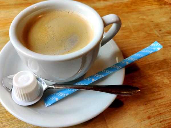 AZUL CAFEのまったりできる店内