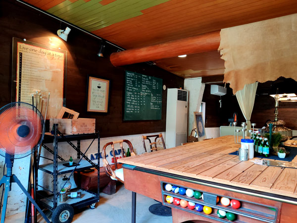 AZUL CAFEの休みは不定期