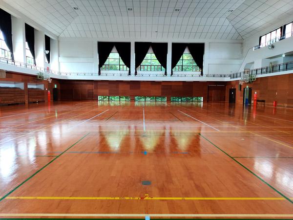 砂美地来館は、与論島で簡単にレンタルできる体育館