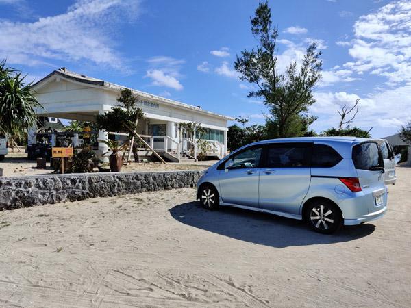 百合ヶ浜の駐車場