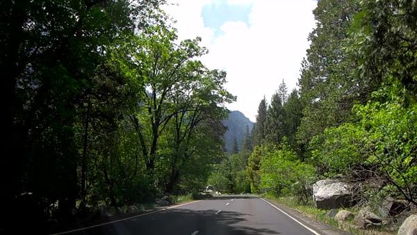 【移動】トンネルビュー(昼間)→ブライダルベール滝(サウスサイド・ドライブ沿い)