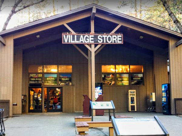 【買い物】ビレッジストアー(Village Store)