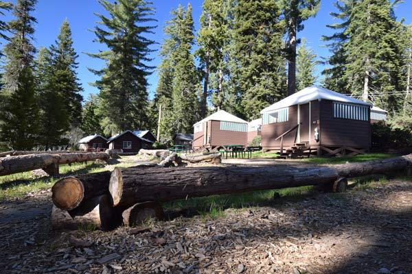 セコイア&キングスキャニオン国立公園内ホテルを予約する方法