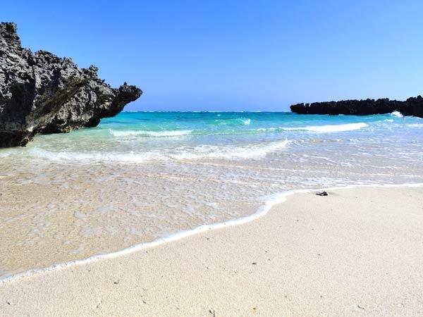 トゥマイビーチとは:映画「めがね」のロケ地