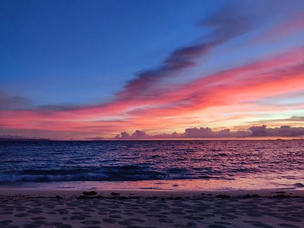 パラダイスビーチの絶景を紹介