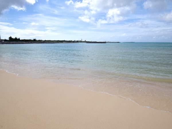ヨロン島のビーチ