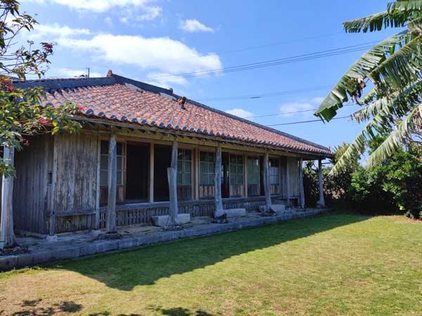 沖縄の伝統的な建物